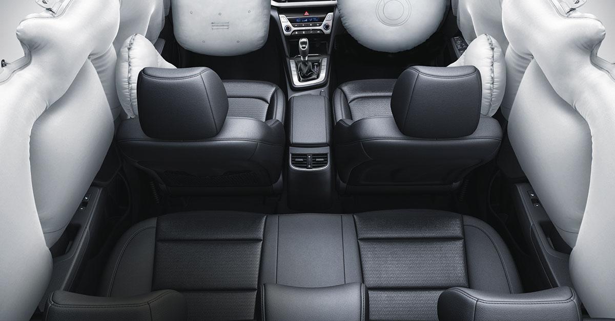 2018-hyundai-elantra-airbags